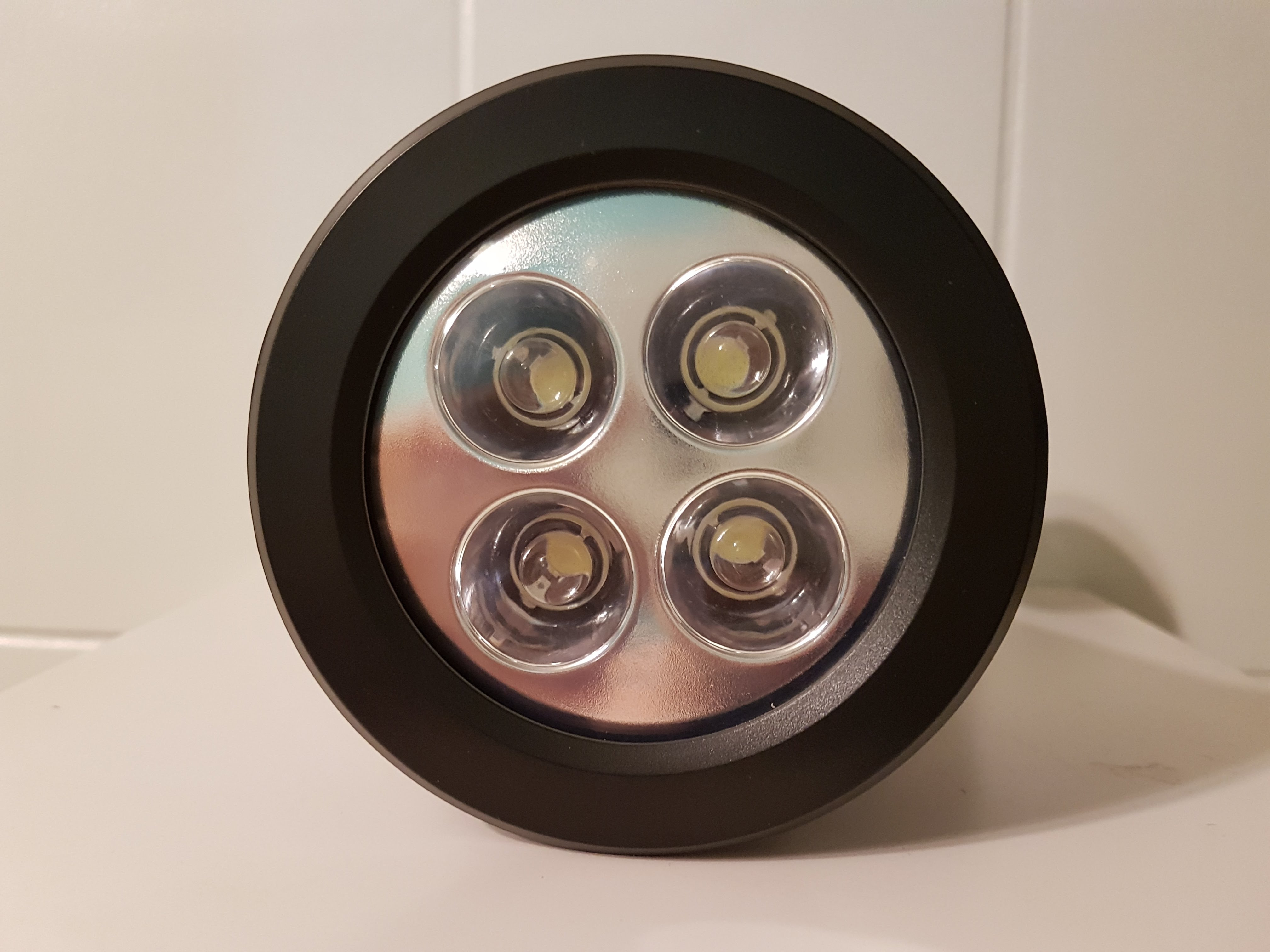 Naisidier-Lampe-Solaire-Pelouse-Jardin-4-LED - Naisidier-Lampe-Solaire-Pelouse-Jardin-4-LED-14.jpg